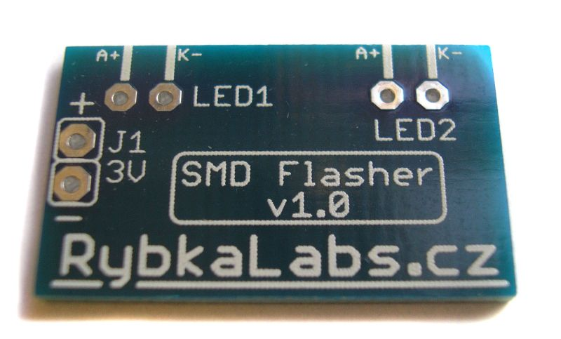 Simple flasher with SMD parts PCB